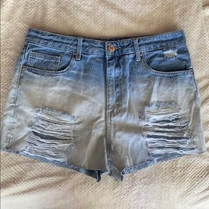 NWOT Distressed Jean Shorts Bleached Bleach Wash